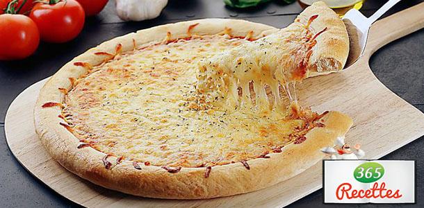 recette pizza au fromage blanc fait maison. Black Bedroom Furniture Sets. Home Design Ideas