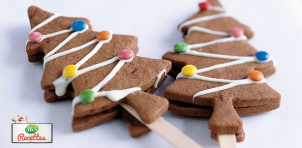 recette biscuits chocolat en forme de sapin de noel. Black Bedroom Furniture Sets. Home Design Ideas